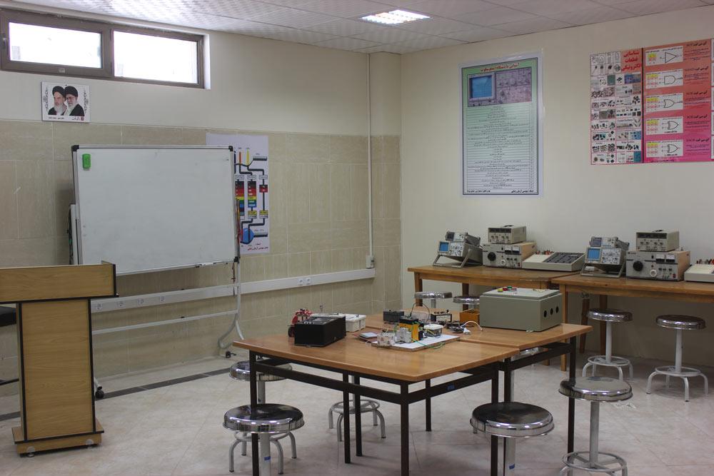 آزمایشگاه-الکترونیک